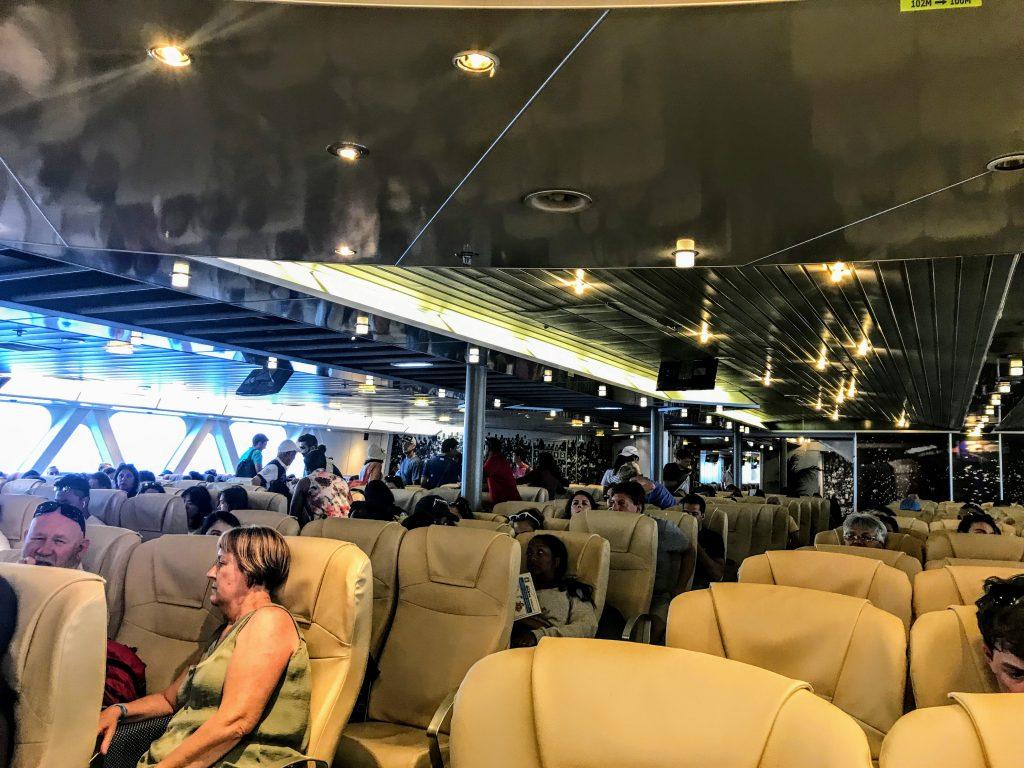 Ferry Mykonos - Santorini